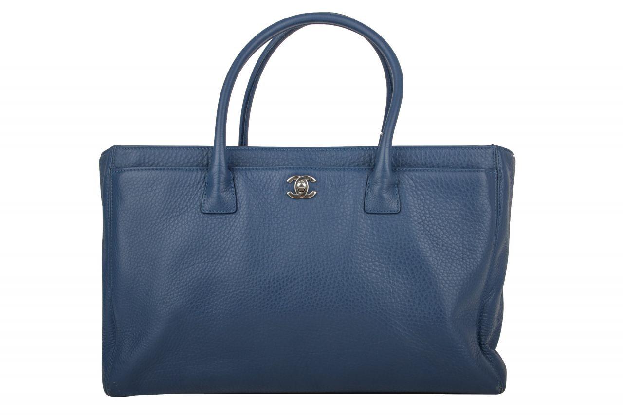 Chanel Shopper Blau