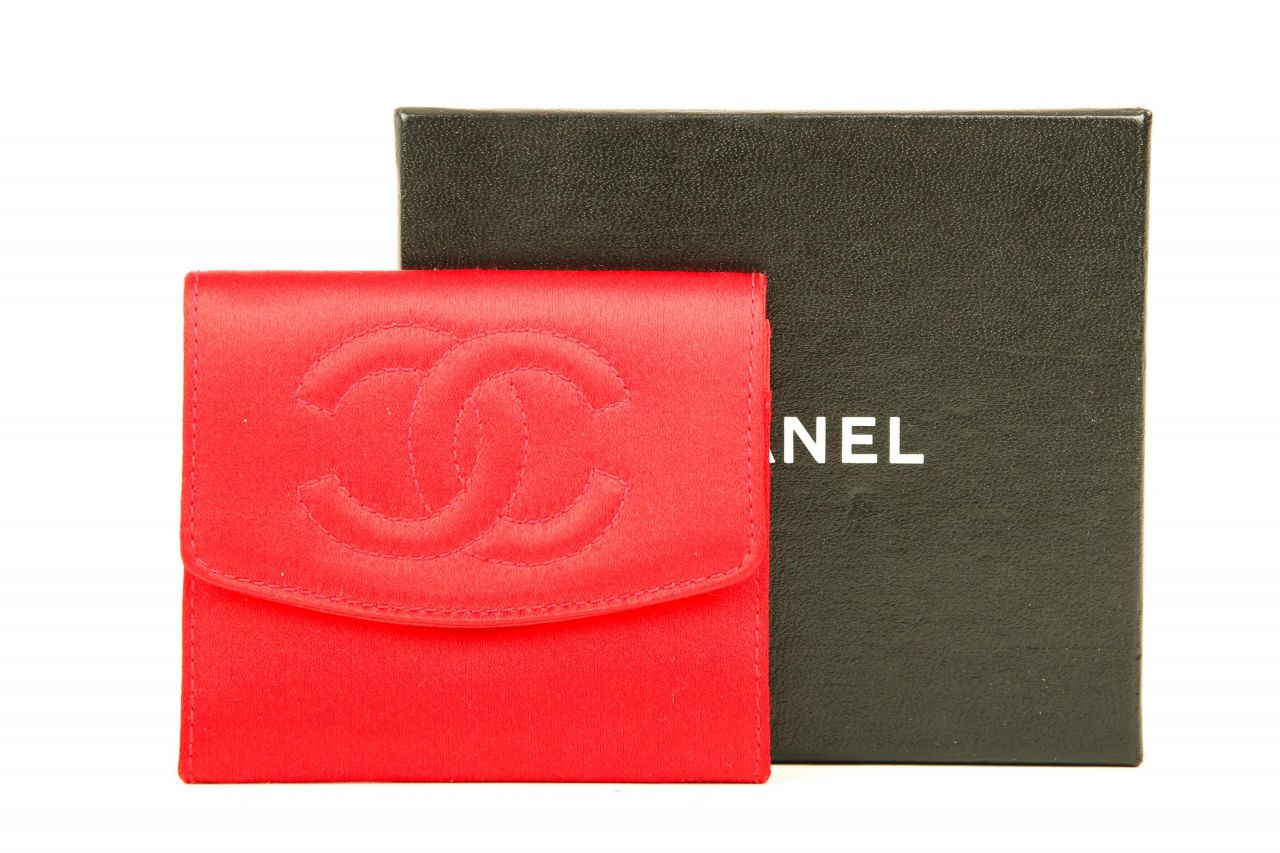 Chanel Portemonnaie Rot