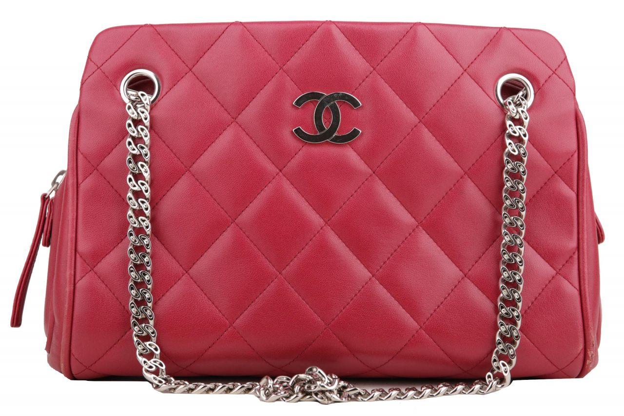 Chanel Schultertasche Rot
