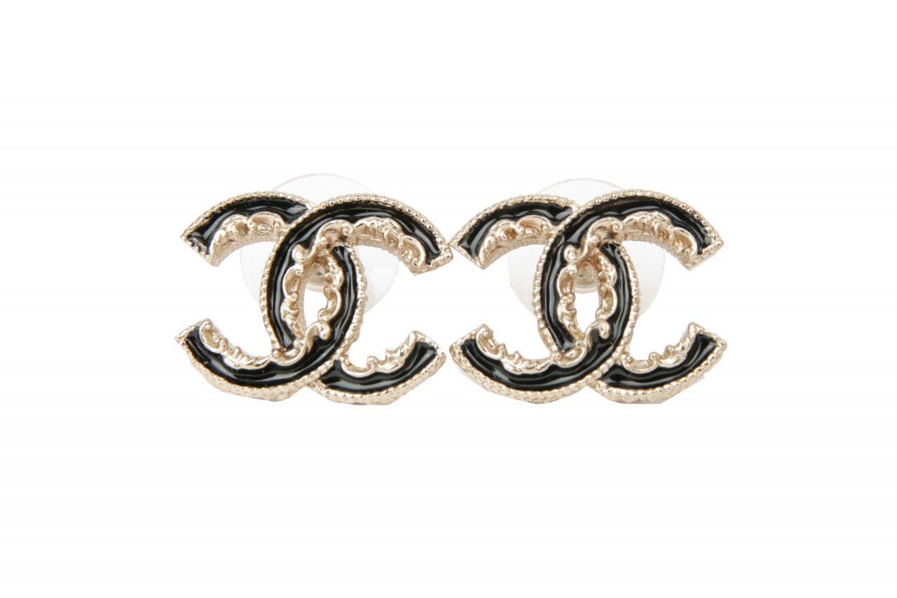 Chanel Ohrringe CC