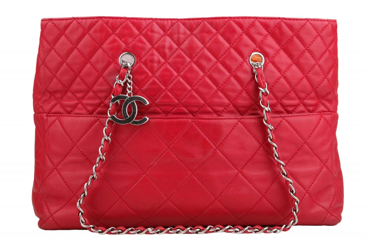Chanel Shopper Quilted Red Large