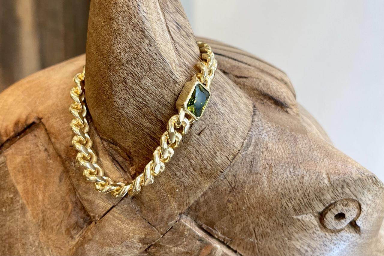 Panzerarmband Gold mit grünem Stein
