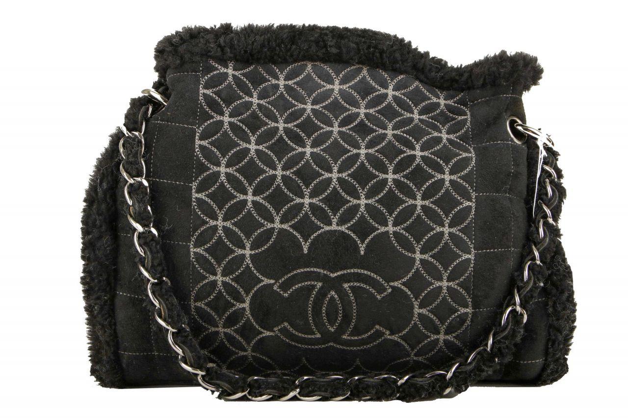 Chanel Lambskin Bag Schwarz